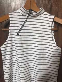 turtleneck zipper top