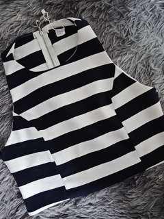 Promo B : striped crop top