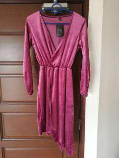 BNWT Velvet wrapped dress
