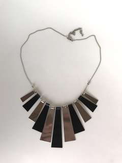 [BN] Classic metal black/silver necklace