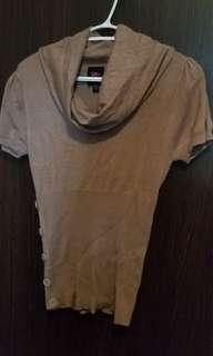 2b babe shirt size: medium