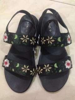 VNC flower shoes