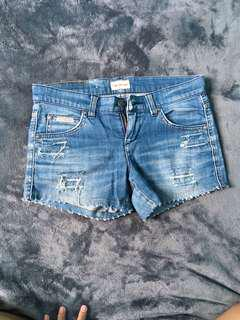 CALVIN KLEIN Short Jeans for Women (Size 25)