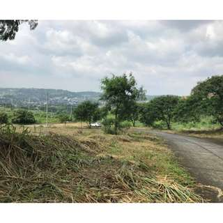 Overlooking Lot in Edgewood place Phase 3 Antipolo City