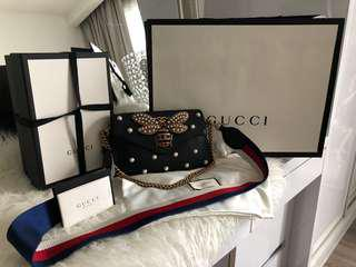 Gucci Bee pearl chain with strap bag(no nego)