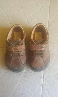 #1 Clarks First Shoes for 1yo boys