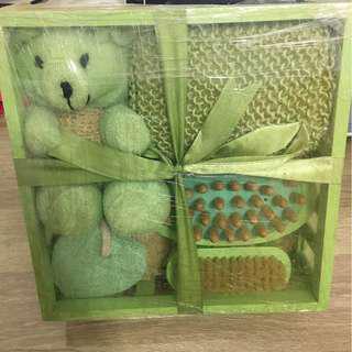 綠色小熊盥洗禮盒組