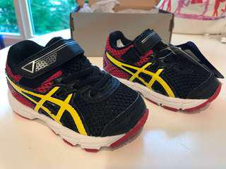 BNWB Asics GT-1000 for toddlers