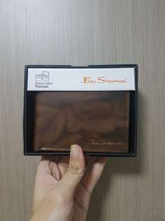 Authentic Ben Sherman Leather Bifold Wallet With slight defect