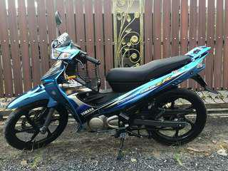 Yamaha 125ZR wrap ice blue Chrome