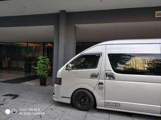 Maxicab 7 to 13 seater Limousine Services
