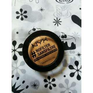 NYX No Filter Finishing Powder Shade Honey Beige