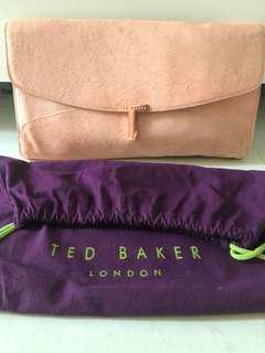 Preloved Clutch TED BAKER (kulit sapi) visit us on Shoope @nafisahZ