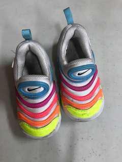 Nike 25