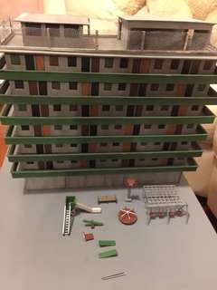 徙置區七層高模型一呎高一呎闊