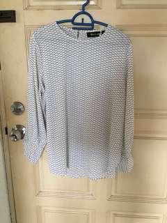 White / black dots tops blouse