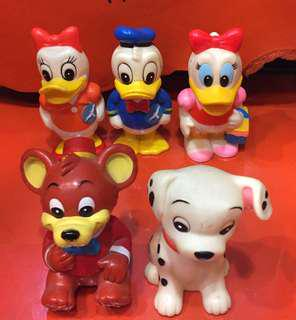 Donald Duck Daisy 101 斑點狗 日本三菱銀行膠錢箱