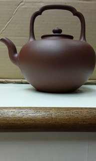 紫砂壺,底槽青泥, 吳經提梁壺,高峰造,國家高级工藝美術師,1200cc