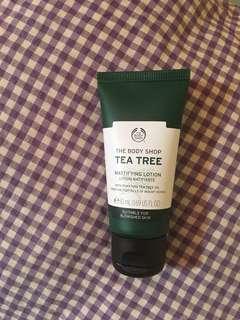 Tea tree skin moisturizer