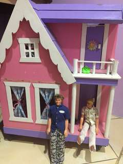 #maucoach Doll's house barbie house