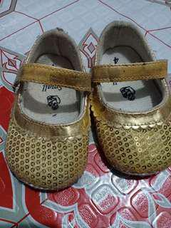 Gold shoes preloved