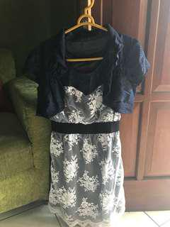 Mini dress Magnolia. Beli di Grand Indonesia. Good cond.