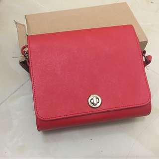 韓國購買硬挺肩背包 紅