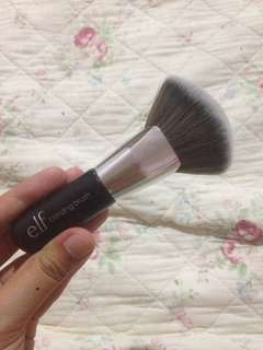 e.l.f Blending Brush