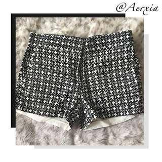 Joe Fresh B/W detailed shorts