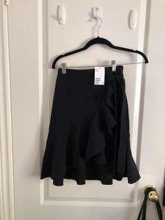 H&M flowy skirt