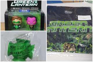 Funko Legion of Collectors T-shirt and Pint size heroes