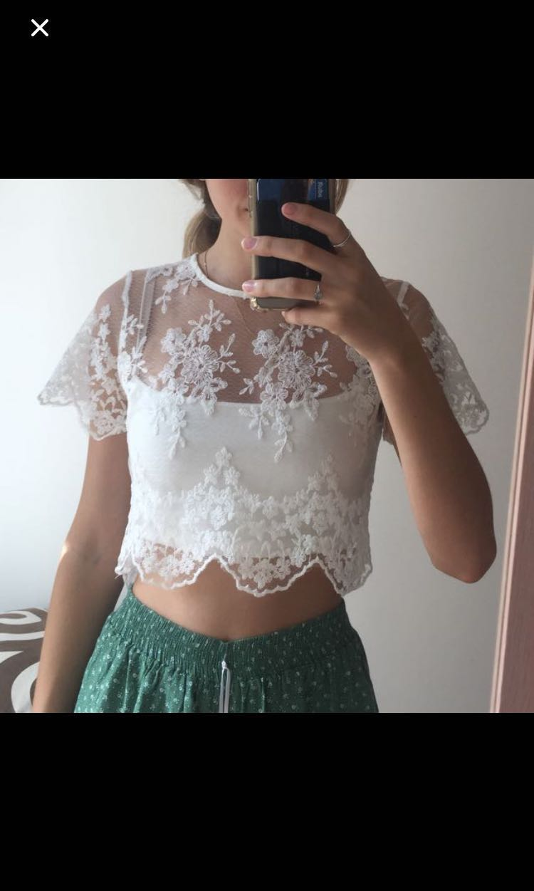 ! White lace floral boutique festival top !