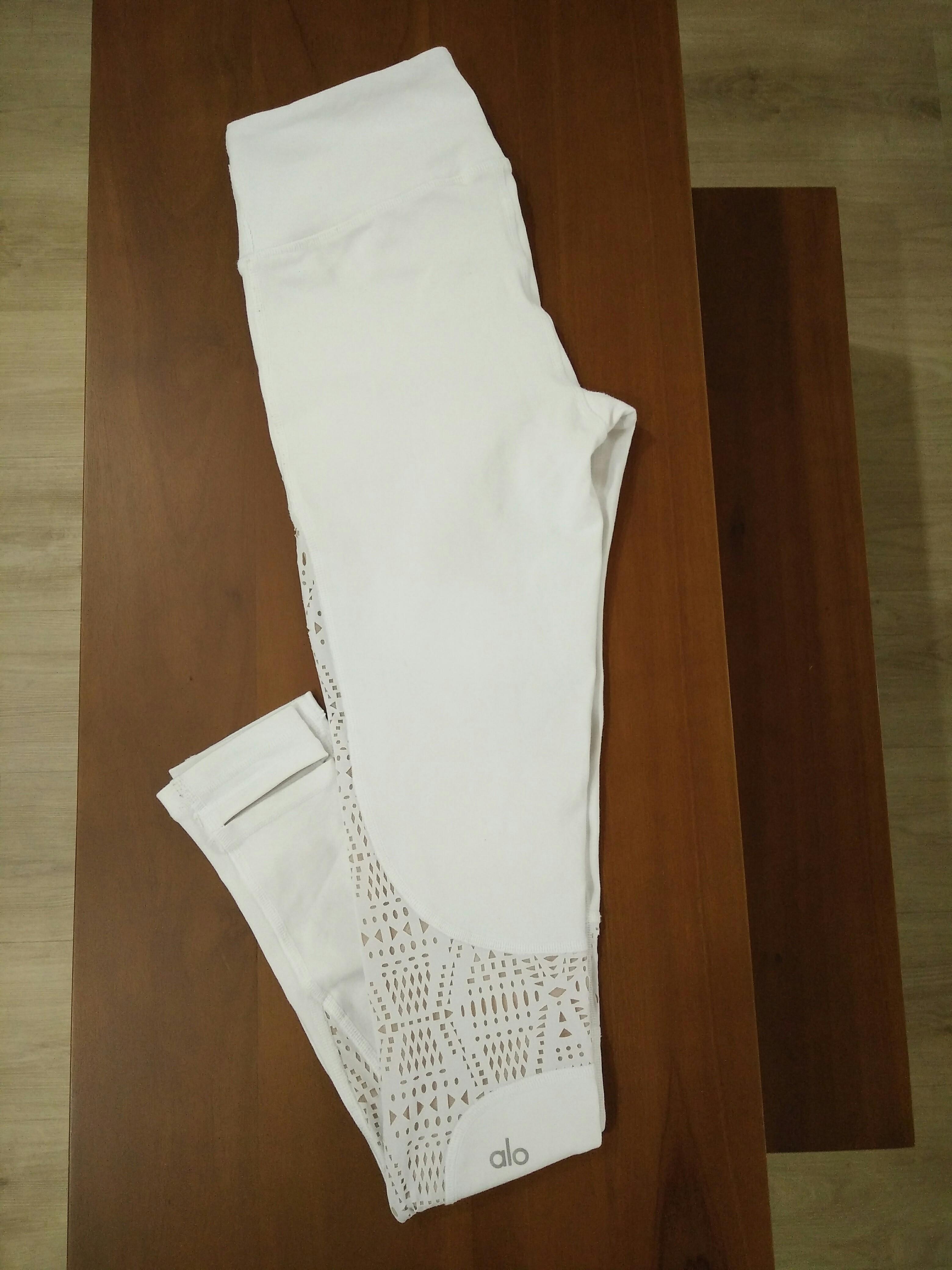 c9a16c778a510 Alo Yoga West Coast Legging XS (White/buff), Sports, Sports Apparel ...