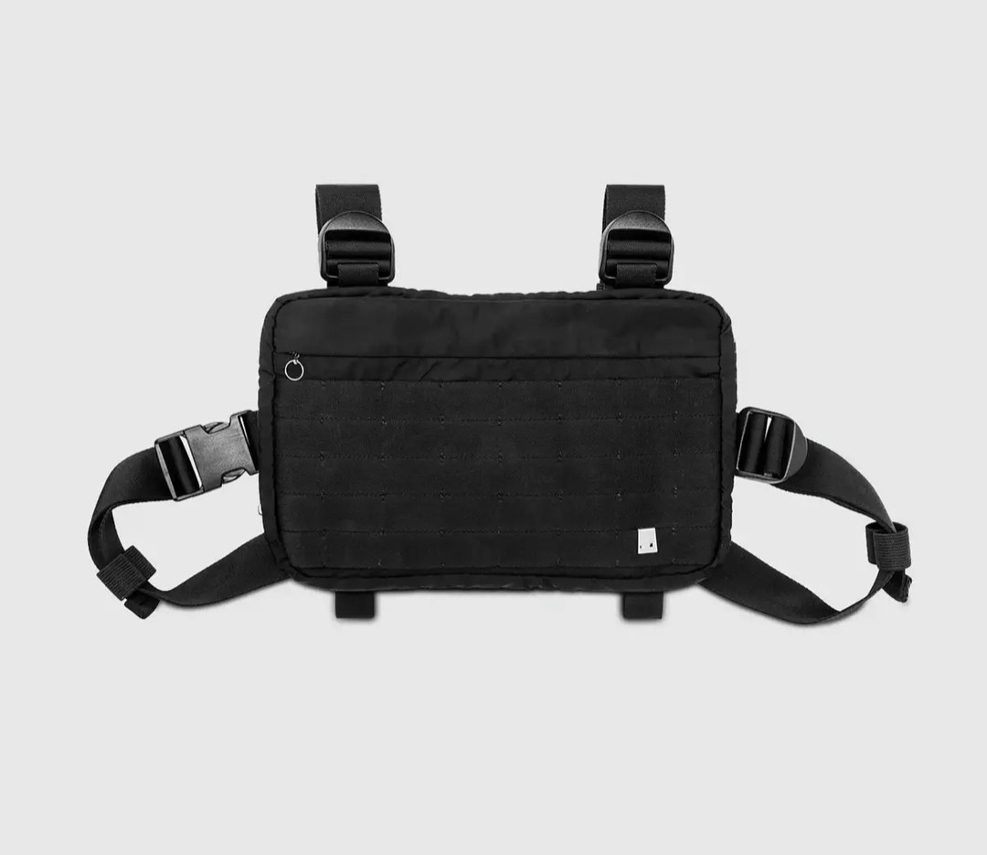 f8bf4f0d9d5 Alyx Chest Rigs, Men s Fashion, Bags   Wallets, Wallets on Carousell