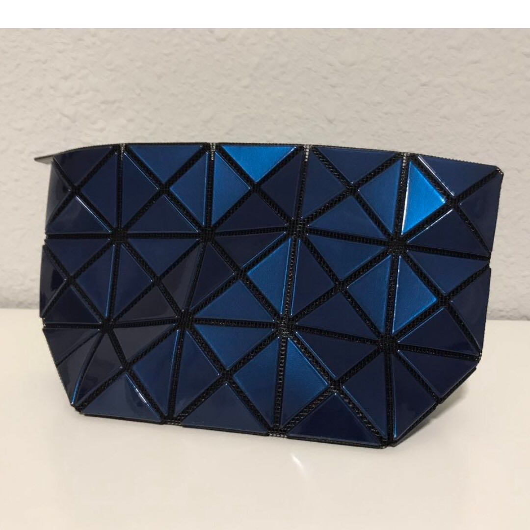 915f1229ea8a BAO BAO ISSEY MIYAKE Prism Pouch