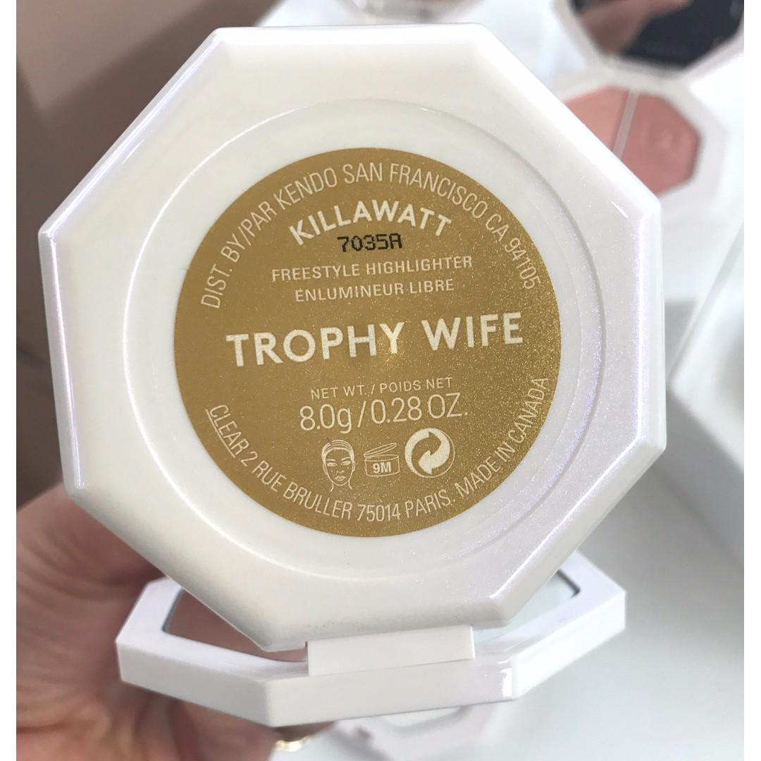 FENTY BEAUTY Killawatt Freestyle Highlighter TROPHY WIFE BRAND NEW & AUTHENTIC (NO OFFERS & NO SWAPS)