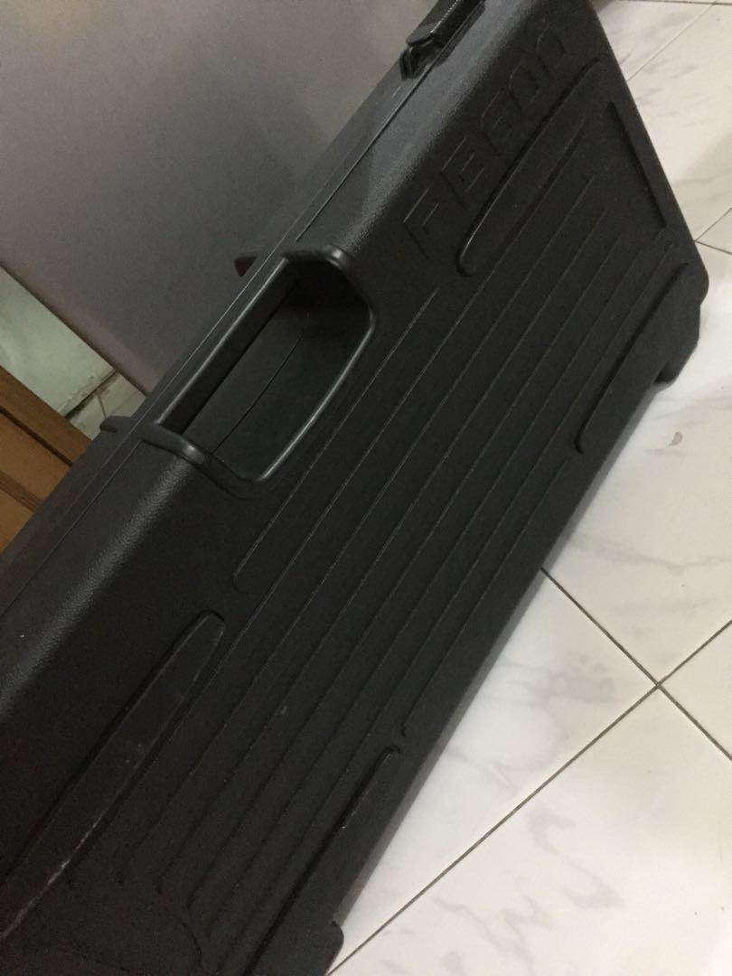 Hardcase effect behringer pb600 pedalboard