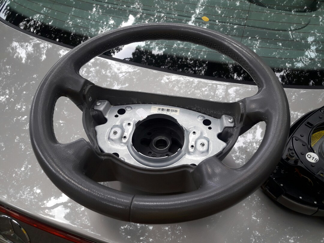 Mercedes E200 Steering Wheel For Sale Car Accessories Accessories On Carousell