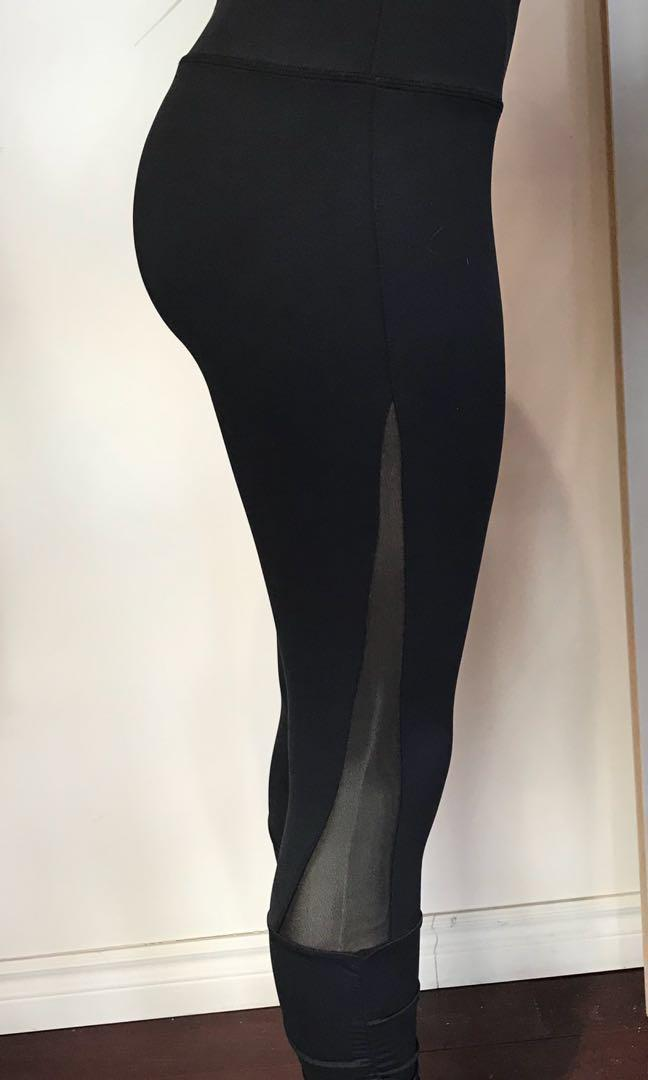 New full length black yoga mesh pants sizes are sizes are.S,M,L,XL