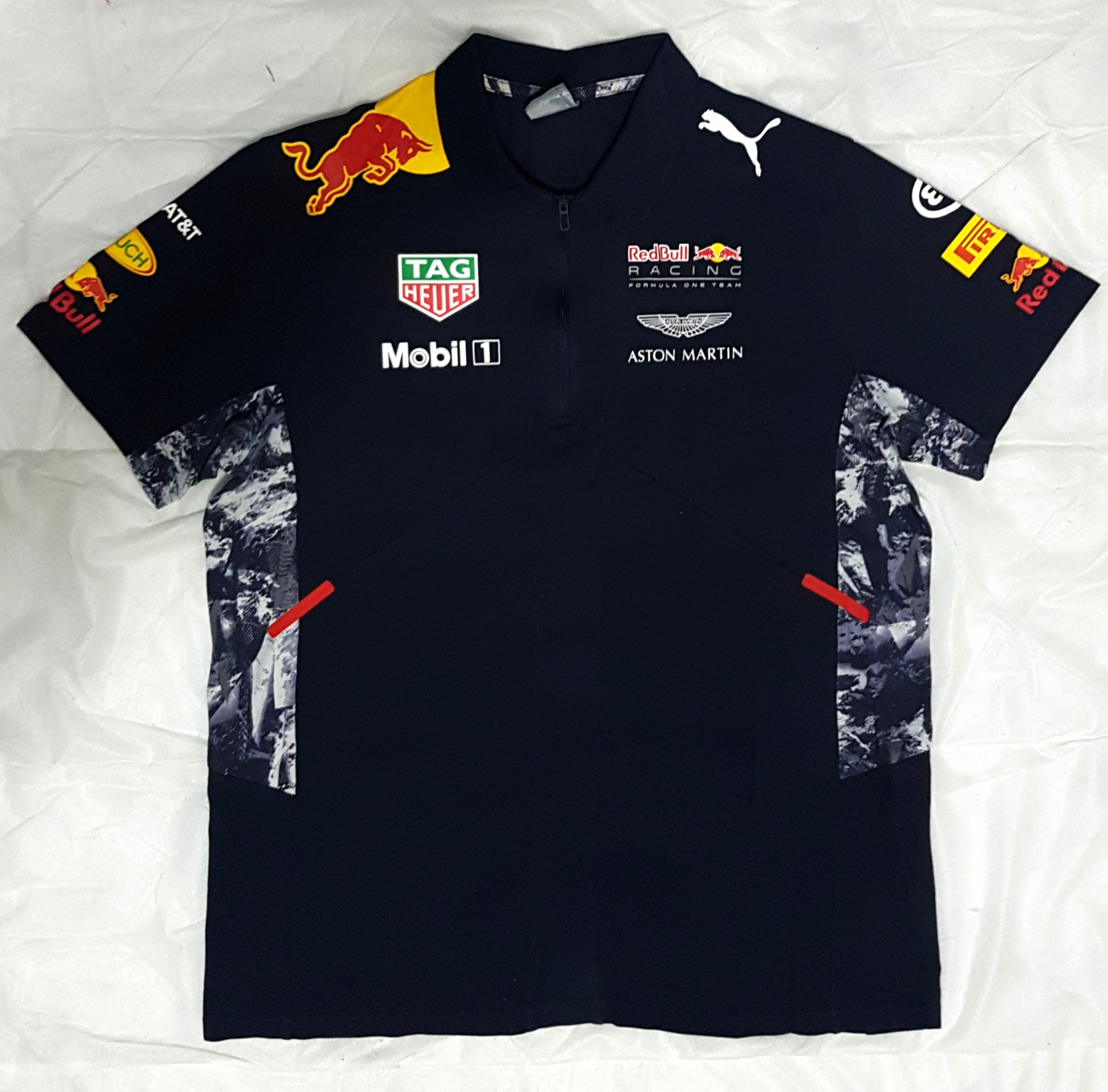50ff29963 REDBULL RACING F1 TEAM POLO SHIRT SIZE L (ADULT), Sports, Sports Apparel on  Carousell