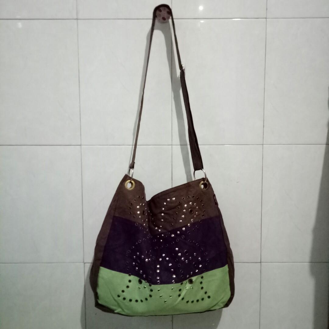 Tas Selempang Joger Bali, Women's Fashion, Women's Bags & Wallets ...