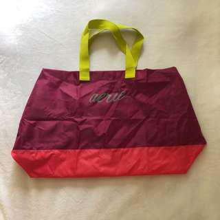 Aerie Tote Bag