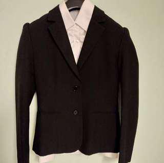 Black suit 黑色套裝