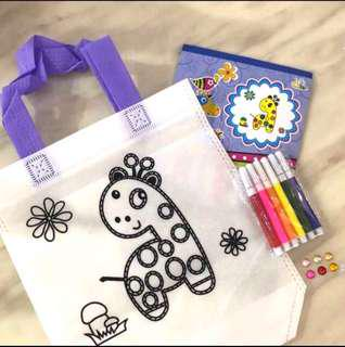 Giraffe DIY coloring hand carry bag- children party goodies bag, birthday party games