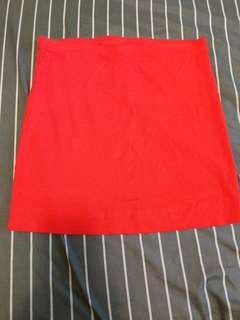 🚚 H&M 正紅貼身短裙(全新)