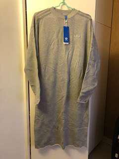 Adidas Original 灰色長袖連身裙