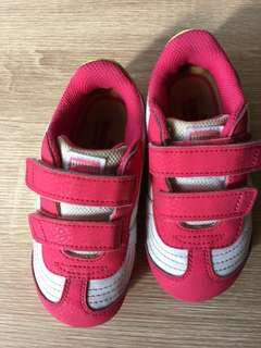 🚚 Puma亮燈鞋