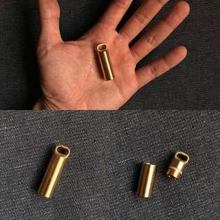 USA Solid Brass EDC Keychain Cash Stash - Waterproof & Impact-proof