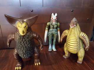 🚚 Ultraman monsters complete set