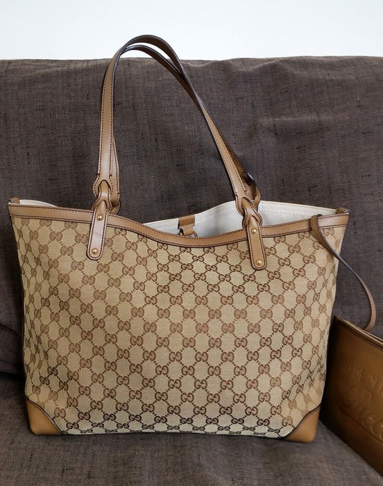 8002ef2577c4 PRICE REDUCED* 100% authentic Gucci Craft Monogram Tote Bag, Luxury ...